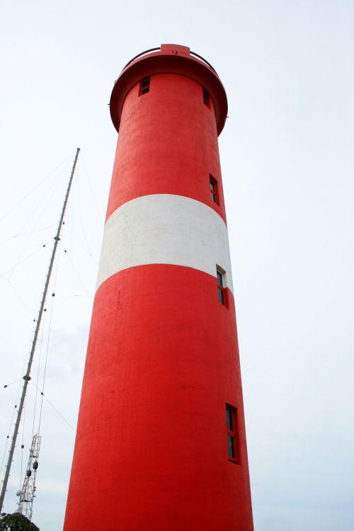 švyturys, bokštas, įspėjimas, jūrų, raudona, balta, aukštas, langai, raudonas šviesos namelis ir antena