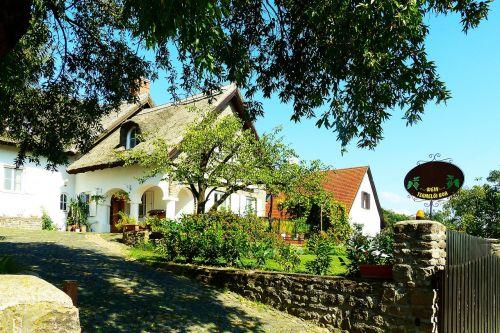 reed-roofed house tihany balaton