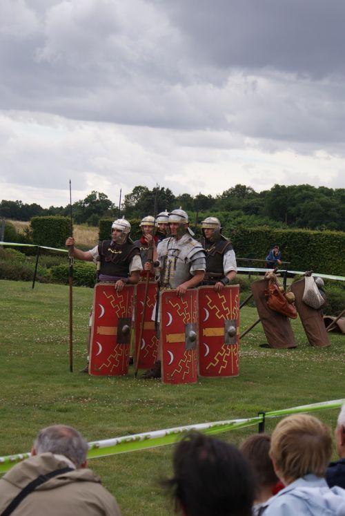reenact roman legion