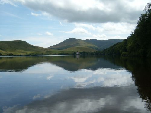 reflection mountain lake water