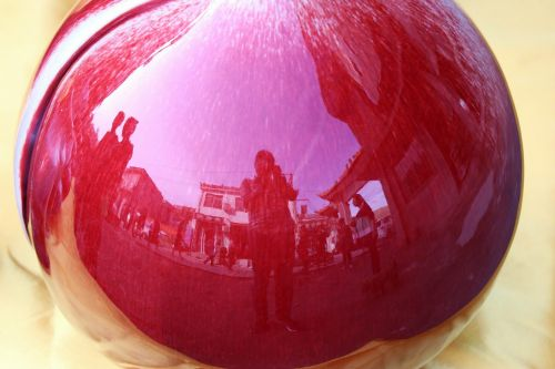 reflection photography porcelain