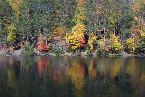 apmąstymai, dvi seserys & nbsp, ežeras, wi, apmąstymai