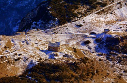 refuge scalorbi mountain