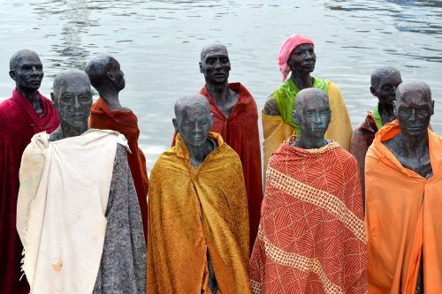 refugees sea human