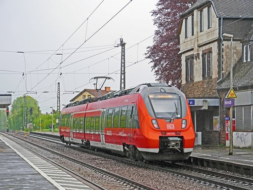 regional train  moselle valley railway  electrical multiple unit