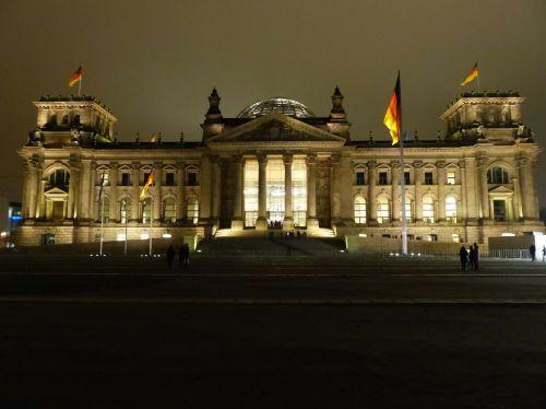 reichstag berlin monument