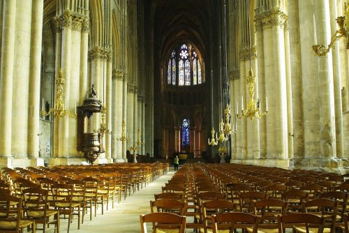 reims cathedral nave pillars