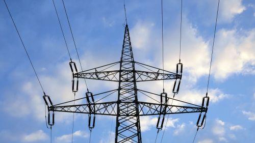 reinforce pylon insulators