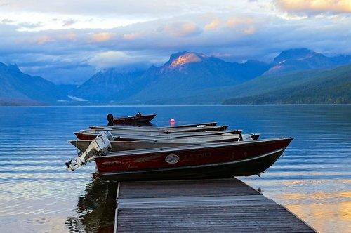 rental boats  lake mcdonald  water