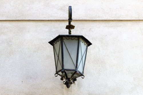 replacement lamp  street lamp  old
