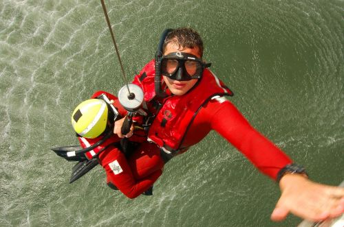 rescue swimmer training