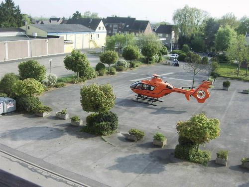 rescue helicopter helicopter doctor on call
