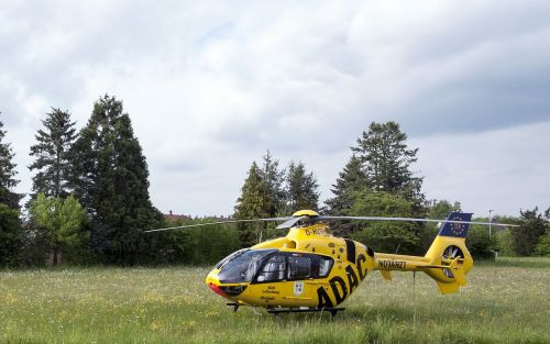 rescue helicopter doctor on call meadow