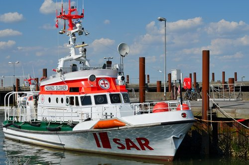 rescue ship  sea rescue  sylt