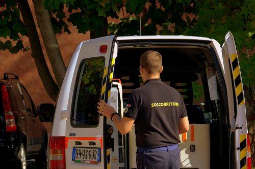 rescuer ambulance nurse