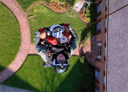 rescuer resident saving