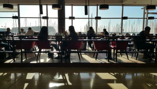 restaurant eating interior