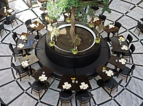 restaurant table circle mall