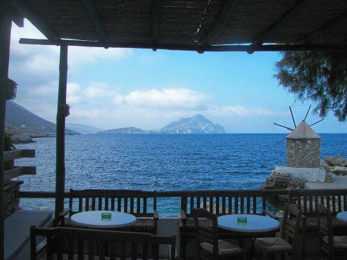 restaurant terrace cyclades