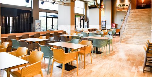 restaurant relax summer