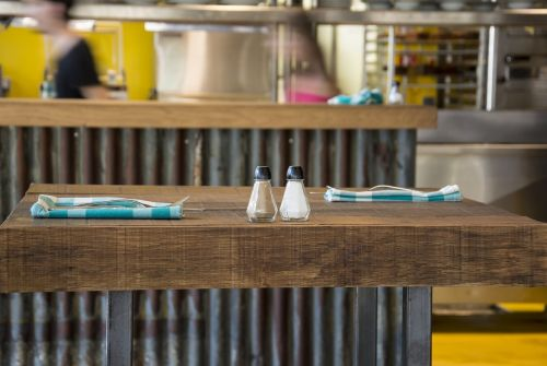 restaurant table napkins
