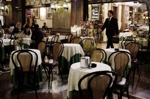 restaurant,milan,italy,free photos,free images,royalty free