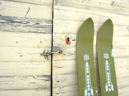 retro vintage skis