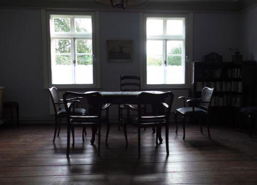 retro apartment furniture