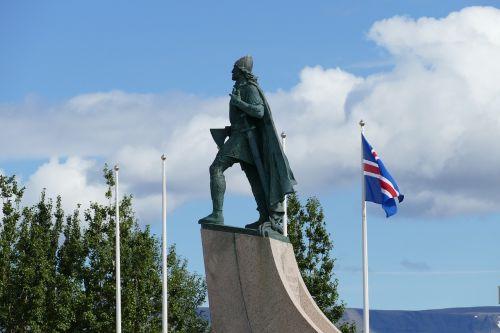 reykjavik iceland sculpture