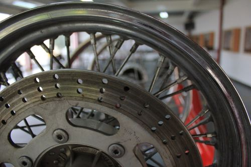 rhine moto facilities