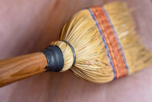 rice straw broom  broomstick  bristles