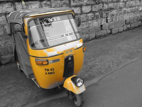 Rickshaw, Indija, automobilis