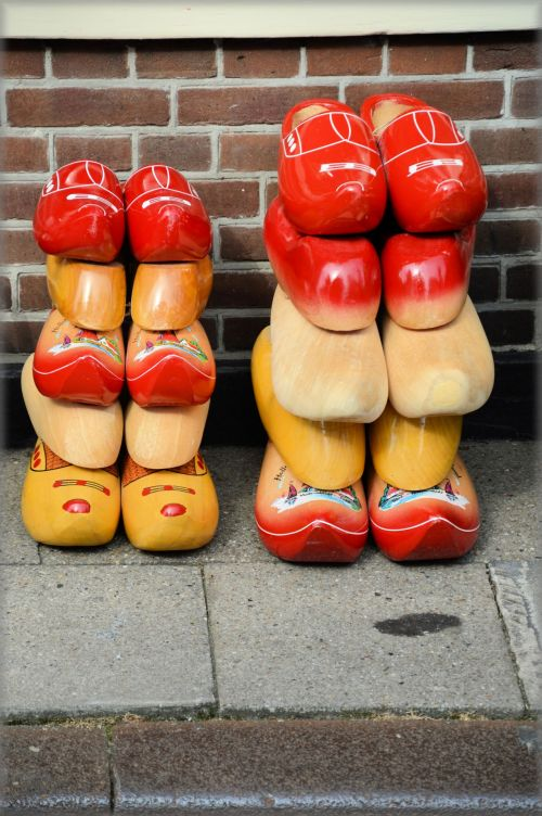Townhouse Clogs