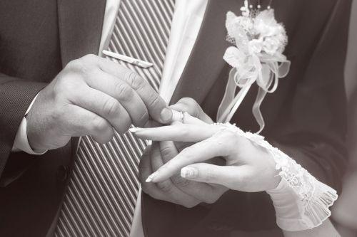 ring wedding bride