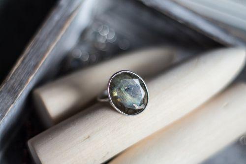 ring labrador natural stone