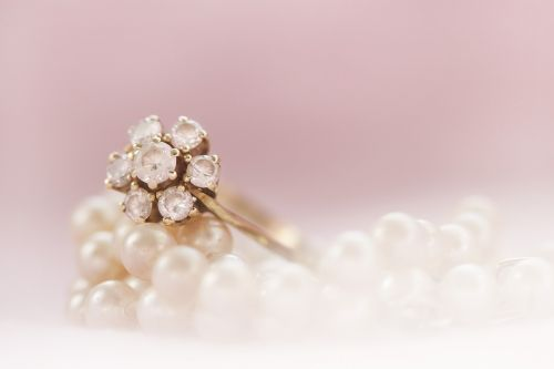ring gold pearl