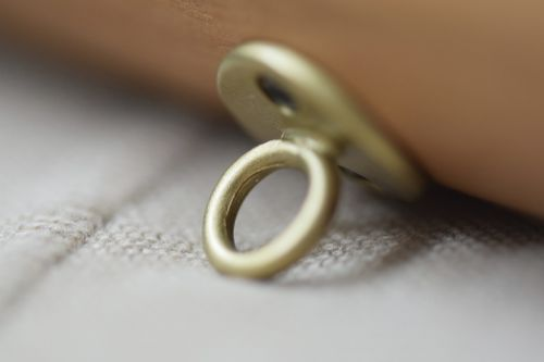 ring mount ornament