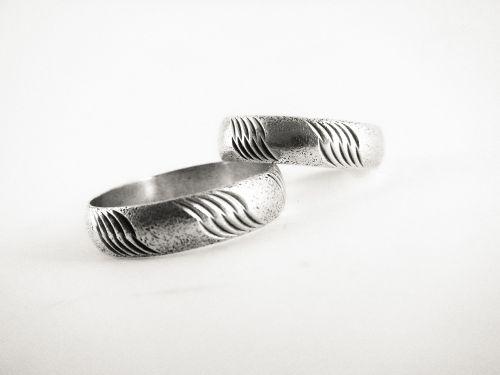 rings hoops marriage