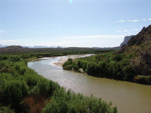 rio bravo river usa