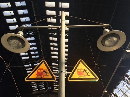 risk train fall