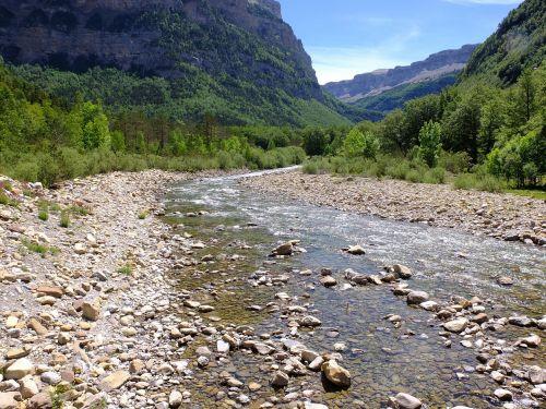 river ordesa national park water