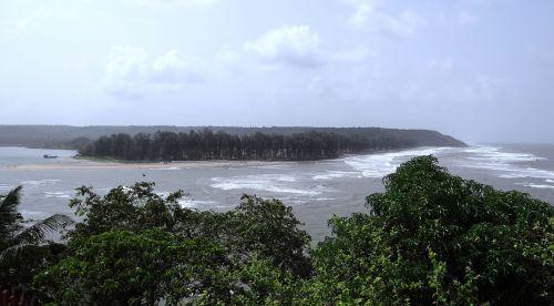 river estuary terekhol