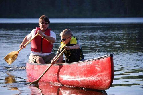 river canoe paddle