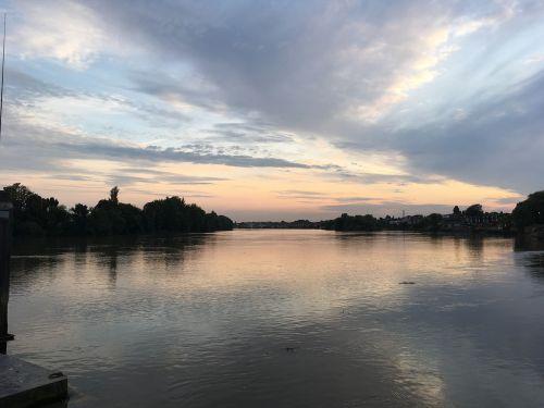 river thames london sunset