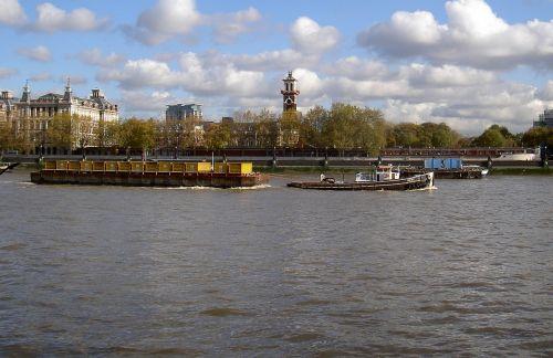 river thames tug barge
