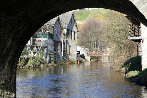 riverside buildings waterside houses house on river