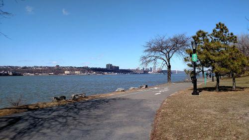 riverside park new york city spring