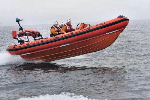rnli lifeboats rescue
