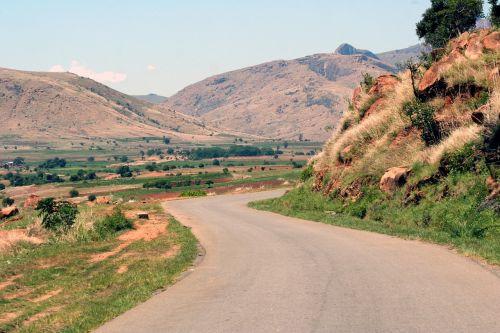 road mountain mountain road