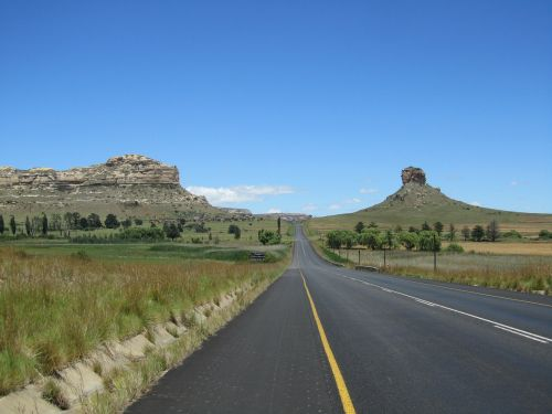 kelias,kelionė,gamta,mėlynas dangus,kelionė,vasara,kelionė,kraštovaizdis,Šalis,nuotykis